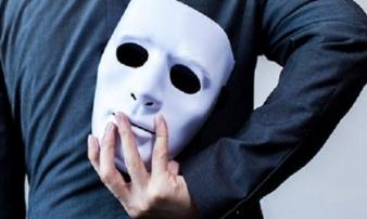Những đặc trưng của kẻ tiểu nhân chuyên dùng 'mưu hèm kế bẩn' để hãm hại người khác