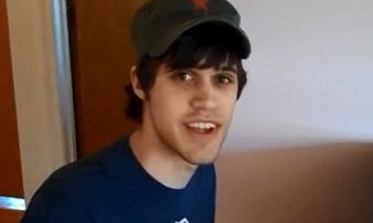 Dụ dỗ 11 fan nữ gửi ảnh và clip khiêu dâm, Youtuber nổi tiếng trả giá đắt