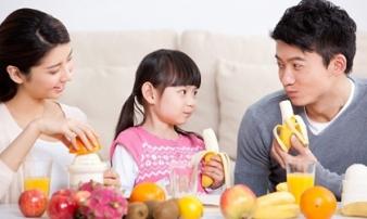BS kê ra 8 việc đơn giản luôn cần làm để cha mẹ không phải nghỉ làm vì trông con ốm mùa hè