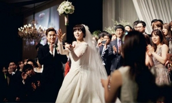 5 lý do nhất định phải đi đám cưới người yêu cũ nếu họ có ý muốn mời