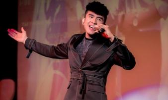 'Đan Trường muốn nghỉ ngơi nhưng bầu show năn nỉ, gửi tiền lại đi hát'