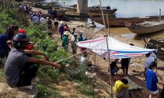 Phát hiện thi thể 2 cha con trên sông Thạch Hãn