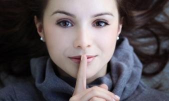 6 điều tuyệt đối không được tiết lộ với bạn đời kẻo hối không kịp