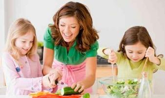4 nguyên tắc giúp nuôi con nhàn tênh