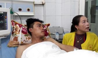 Cháy tòa nhà dầu khí Thanh Hóa: Các chiến sỹ PCCC đã nhường mặt nạ cho người dân