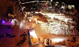Động đất 6,8 độ Richter làm rung chuyển Thổ Nhĩ Kỳ, ít nhất 18 thiệt mạng