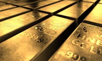 Giá vàng hôm nay 14/2: Số ca nhiễm Covid-19 tăng 'sốc', giá vàng nóng trở lại