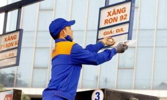 Giá xăng giảm mạnh ngày Valentine
