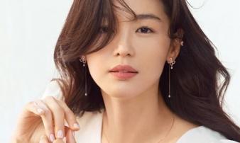 Bí quyết cho sự trẻ trung, vẻ đẹp nữ thần của Jeon Ji Hyun chính là nhờ kiểu tóc và cách trang điểm này