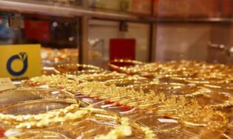 Giá vàng hôm nay 15/2: 'Cơn bão' corona khiến kinh tế thế giới đình trệ, giá vàng tiếp tục leo cao