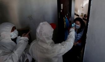 Gia đình 4 người chết và mối nguy từ việc cách ly tại nhà ở Trung Quốc