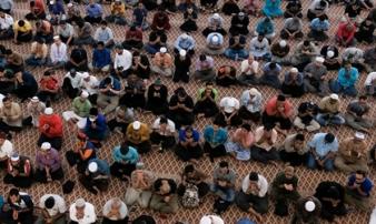 Nhà thờ Hồi giáo này trở thành điểm nóng dịch ở Malaysia như nào?