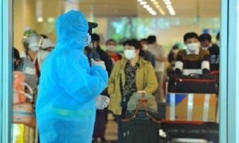 Dừng đưa người Việt từ nước ngoài về Tân Sơn Nhất trong 1 tuần