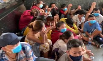 Nghệ An: Bắt 42 con bạc đang say sưa sát phạt