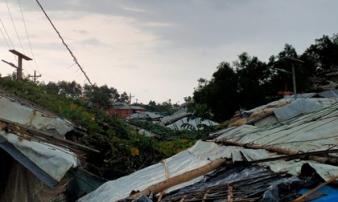 Bão mạnh nhất thế kỷ ở vịnh Bengal khiến 14 người chết