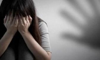 Vụ cởi quần áo bé gái để... đo điện tim: Bắt giam nam điều dưỡng
