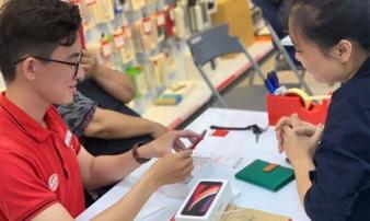 iPhone SE 2020 chính hãng bán tại Việt Nam, khách nhận máy thưa thớt