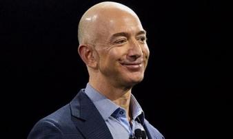 Sau vụ ly hôn đắt giá, tài sản của Jeff Bezos vẫn lập kỷ lục mới