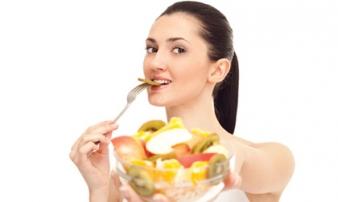 Sai lầm khi ăn trái cây biến vitamin thành chất độc, tàn phá dạ dày, nhất là điều thứ 2