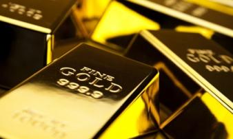 Giá vàng hôm nay 12/7: Nhà đầu tư chốt lời, giá vàng lao dốc