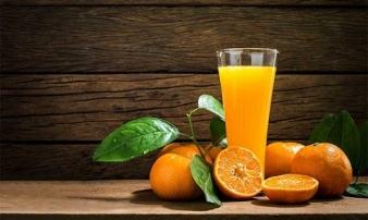 Nước cam rất bổ nhưng đừng dại uống vào 4 thời điểm