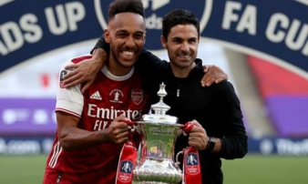 Aubameyang giành giải thưởng 'Cầu thủ Arsenal xuất sắc nhất mùa'