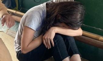 Buồn chuyện tình cảm cô gái lao mình xuống sông Hồng tự tử