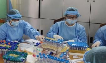 Bác sĩ mắc Covid-19 sau 2 lần có kết quả âm tính, từng tiếp xúc với nhiều bệnh nhân