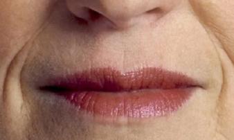 Phụ nữ sở hữu tướng miệng này bị thần may mắn bỏ rơi, cả cuộc đời bôn ba cô độc