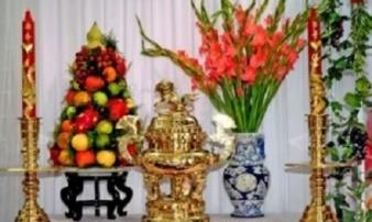 Đặt 6 loại hoa này lên bàn thờ đúng ngày mùng 1, gia chủ 'cầu được ước thấy', tài lộc tìm đến tận cửa