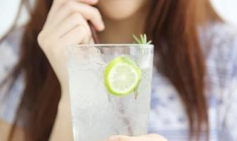 Uống nước chanh mỗi sáng có tốt hay không? Đây là kết quả bạn nhận được sau 7 ngày