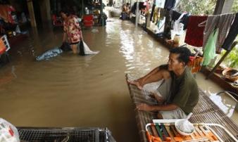 Lũ lụt nghiêm trọng ở Campuchia, hàng chục người thiệt mạng