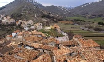 Kỳ lạ: Ngôi làng ở Italy trả tiền cho người trẻ tới sống
