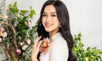 Hoa hậu Đỗ Thị Hà khiến netizen Việt tự hào khi xuất hiện trên báo có tiếng ở nước ngoài