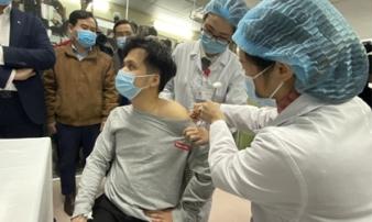 Covid-19: Việt Nam chuẩn bị tiêm thử nghiệm vắc-xin Nano Covax liều cao nhất