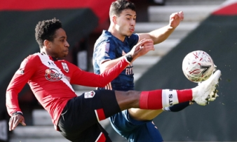 Đốt lưới nhà nghiệt ngã, Arsenal thành cựu vương FA Cup