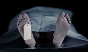 Tá hỏa người đàn ông đột ngột sống lại trước khi mổ khám nghiệm tử thi