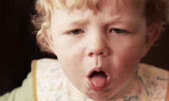 Chuyên gia chỉ 9 kiểu tiếng ho ở trẻ: Khi nào là dấu hiệu nguy hiểm, dấu hiệu bệnh nặng?