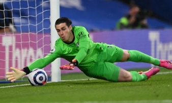 Cuộc đua top 4 Premier League có biến động bất ngờ; Messi và đồng đội nhận thêm tin 'sét đánh'