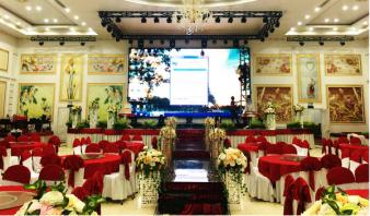 Màn hình LED nhà hàng tiệc cưới - Giải pháp trình chiếu toàn diện thu hút mọi ánh nhìn