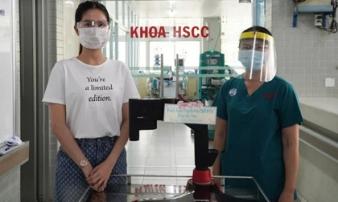 Ngọc Trinh quyên góp máy ép tim trị giá 500 triệu hỗ trợ chống dịch Covid-19 cho Bệnh viện Chợ Rẫy