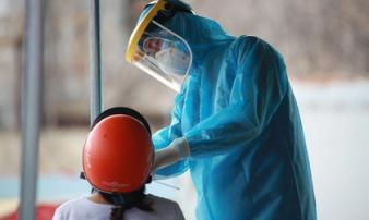 Vì sao TP.HCM vẫn ghi nhận 4.000-6.000 ca nhiễm mỗi ngày dù 'ai ở đâu ở yên đó'?