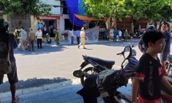 Người phụ nữ bán nước bị chém gục trước cửa nhà, kẻ gây án bình tĩnh đi bộ rời hiện trường