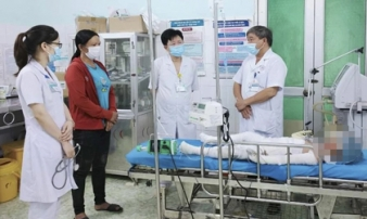 Bé gái 7 tuổi bỏng nặng không qua khỏi, vụ cháy nhà ở Tuyên Quang đã có 4 bố con tử vong