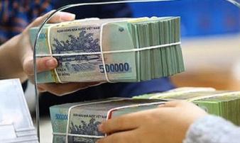 Người dân ngày càng 'chán' gửi tiết kiệm, có tháng rút ròng khỏi ngân hàng