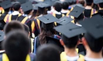 Thạc sĩ, cử nhân thất nghiệp: Có làm được việc đâu mà kêu ca