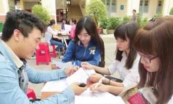 Thí sinh tăng tốc nộp hồ sơ xét tuyển đại học