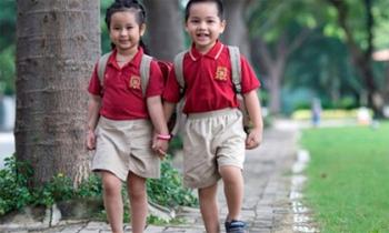 4 kĩ năng 'sống còn' cần dạy con trước ngày khai giảng