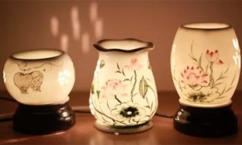 Chị em mê mẩn với đèn xông tinh dầu - phụ kiện trang trí nhà vừa đẹp vừa thơm