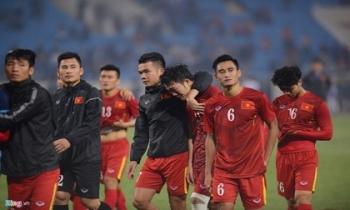 Hãy đá bóng như tinh thần của đội tuyển Việt Nam